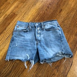 womans levis faded jeans shorts